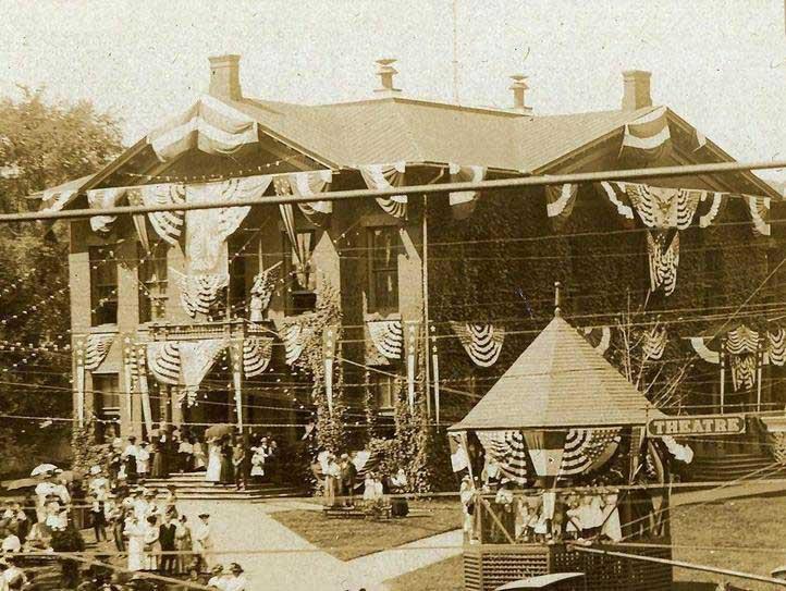 1911_parade